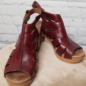 Ladies Dansko high heeled sandals